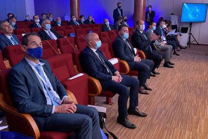 """""""REGION PREDUGO U ZAOSTATKU"""" Direktor Sekretarijata Energetske zajednice EU poručio da je krajnje vrijeme za promjene"""
