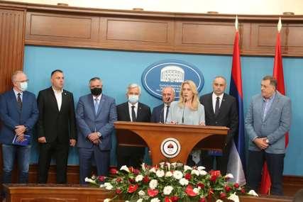 """Cvijanovićeva nakon sastanka sa predstavnicima koalicionih stranaka """"Imenovanje Šmita sporno, štitimo Dejtonski sporazum"""""""