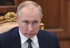 NEUMORNA BORBA PROTIV KORONE Putin: Uskoro četvrta vakcina protiv virusa korona