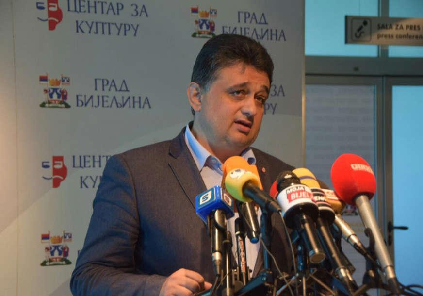 """""""Preostalo im jedino političko mešetarenje"""" Lazarević osuo paljbu po PDP u Bijeljini"""