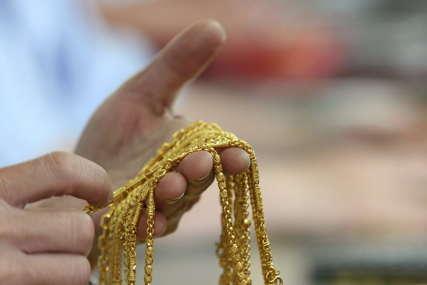 STRAH OD NESIGURNOSTI Nijemci čuvaju više zlata tokom pandemije