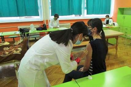 NORMALIZACIJA NASTAVE Počela vakcinacija prosvjetnih radnika u Zvorniku