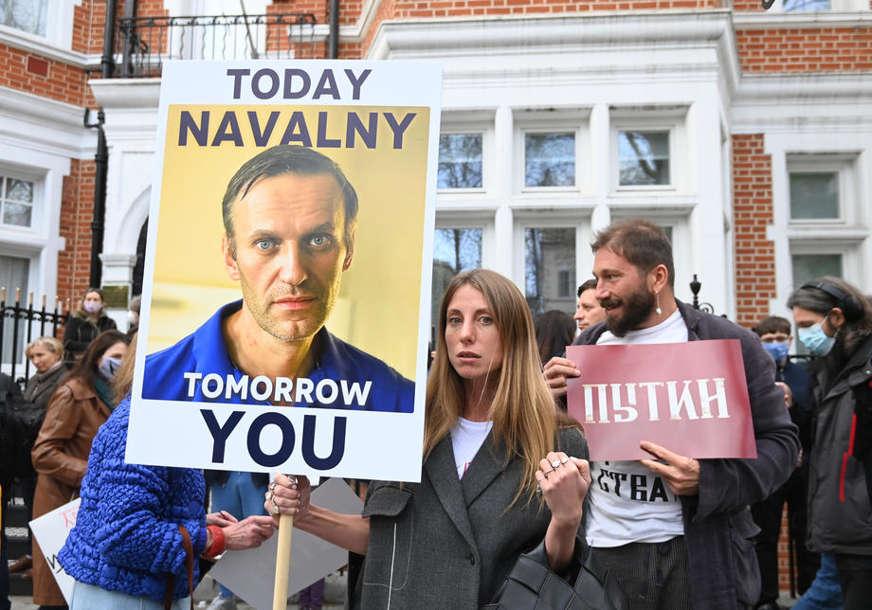 """""""ON JE ŠOKIRAN"""" Navaljni boljeg zdravlja i upoznat sa mjerama ruskih vlasti"""