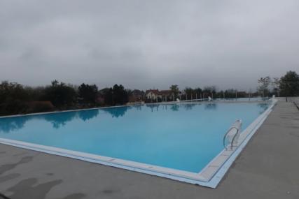 Snimci kamera otkriće okolnosti utapanja: Tijelo dječaka koji se udavio na bazenu poslato na obdukciju
