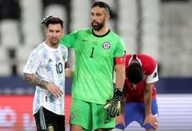 MESIJEVA MAJSTORIJA NEDOVOLJNA Argentina i Čile remizirali, preokret Paragvaja (VIDEO)