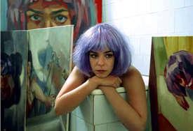 """""""Umjetnica pokazuje izuzetnu kreativnost"""" Izložba """"Igre i transformacije"""" u Galeriji plus (FOTO)"""