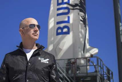 NAJSKUPLJA KARTA U ISTORIJI Da bi sjedio pored Bezosa na letu u svemir platio 28 miliona dolara