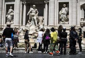 Zaraženo više od 1.200 ljudi, preminulo 63: Od početka pandemije 4,25 miliona Italijana bilo pozitivno na koronu