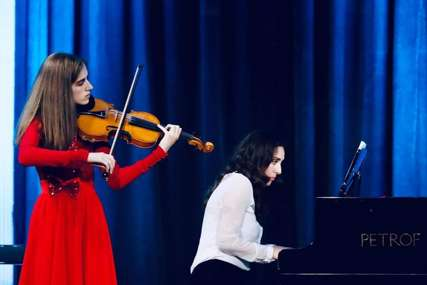 """Mlada umjetnica Iva Ristić niže uspjehe """"Želja mi je postati svjetski poznata violinistkinja"""""""