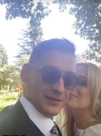 UDALA SE TREĆI PUT Jelena Veljača u kratkoj haljini na vjenčanju, a izbor pjevačice sve oduševio (FOTO)