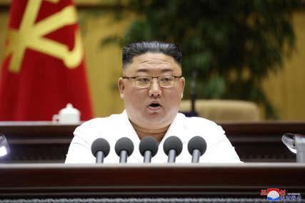 ZABRINUTI ZA LIDERA Kim Džon Un smršao, spekuliše se o njegovom zdravlju