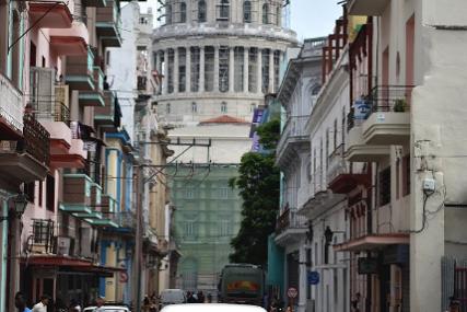 Najveći skup u posljednjih nekoliko decenija: Hiljade demonstranata protestvuje protiv vlasti na Kubi