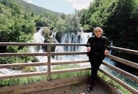 Stranci se vraćaju na bajkovitu Unu: Počela turistička sezona u Martin Brodu (FOTO)