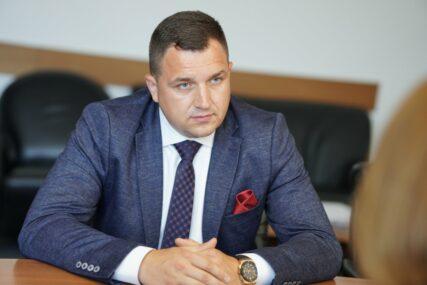 """Ministar Lučić za Srpskainfo """"Dobio sam prijetnje iako nikome nisam ništa nažao uradio"""""""
