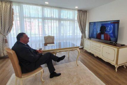 Dodik pratio izricanje presude generalu Mladiću, uskoro izlazi pred novinare