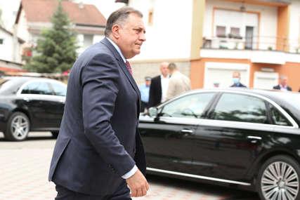 Dodik: Izetbegović najviše štete nanosi upravo Bošnjacima