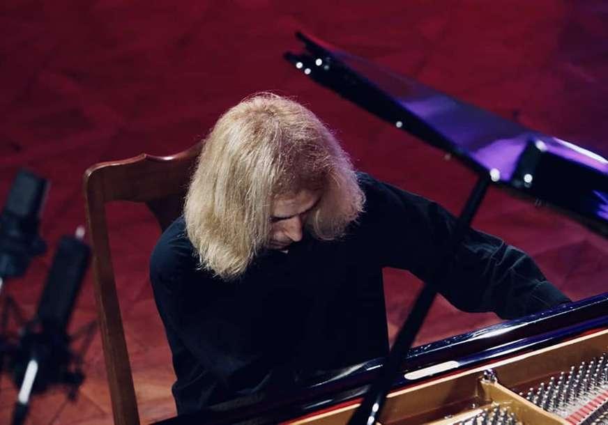 Nebojša Maksimović oduševio publiku: Koncert pijaniste iz Beograda održan u Banskom dvoru (FOTO)