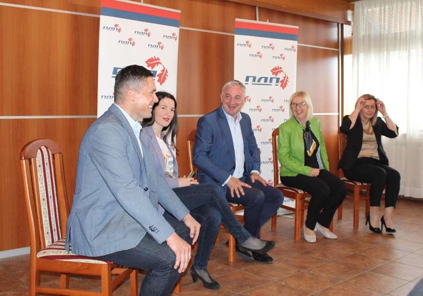 Vrh PDP na sastanku na Palama: Predstoji borba za budućnost Srpske (FOTO)
