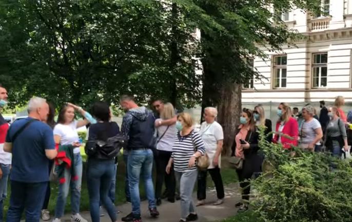 Obustavlja se i vakcinacija: Zdravstveni radnici u Sarajevu od ponedjeljka u štrajku