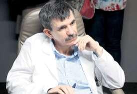 Glumac dobio obostranu upalu pluća: Slavko Štimac završio u bolnici zbog korone (FOTO)