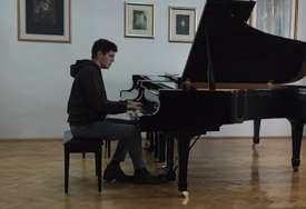 Banjalučki student klavira nagrađen na festivalu u Beogradu
