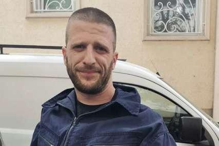 Neustrašivi mladić postao heroj dana: Stefan spasavao putnike iz ZAPALJENOG AUTOBUSA