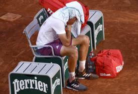CICIPAS SE POVUKAO Grk poslije poraza od Novaka propušta turnir na travi