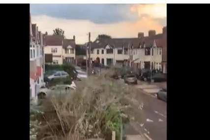 Nosio drveće, prevrtao automobile: Tornado četvrti put u Evropi za dva mjeseca, poslije Češke snažan vjetar i u Londonu (VIDEO)