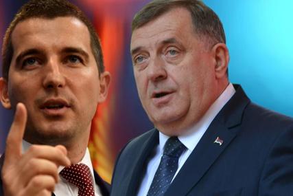 Bečić odgovorio Dodiku: Sam sebi saopštio da je nepoželjan