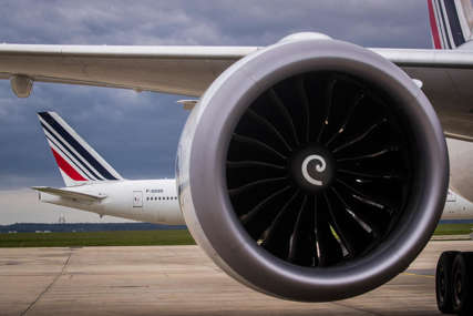 Stjuardesa objavila da se nalaze na listi čekanja: Avion sa ruskom delegacijom jedan sat kružio iznad Ženeve