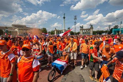 INCIDENT PRED MEČ Mađarski redari nisu dozvolili zastave u duginim bojama