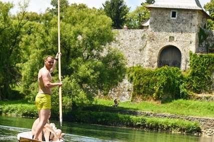 POČELA SEZONA Stanivuković: Provozati se dajak čamcem znači osjetiti dušu Banjaluke (FOTO)