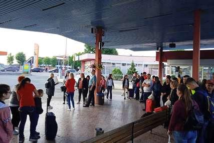 PROJEKAT SOCIJALIZACIJE DJECE Na ljetovanje u Bečiće otputovalo 29 mališana iz Gradiške