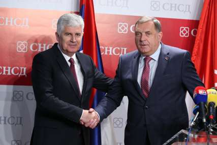 Dodik nakon sastanka sa Čovićem: Nema izborne reforme bez usaglašenog stava o izboru članova Predsjedništva BiH (FOTO)