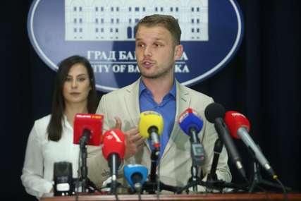 """""""Oni zaštićeni kao bijeli medvjedi, a mene niko ne štiti"""" Stanivuković govorio kako je """"biti gradonačelnik u privatizovanoj državi"""""""