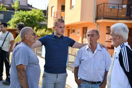 """""""U planu modernizacija"""" Stanivuković obišao mještane ulica Dujka Komljenovića i Vida Nježića"""