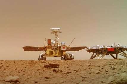 """Objavljeni novi snimci """"Džuronga"""": Ovaj put se čuje kretanje rovera na Marsu (VIDEO)"""