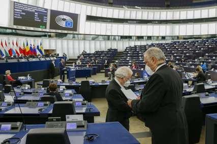 Narušena vladavina prava: Usvojena rezolucija za TUŽBU PROTIV EVROPSKE KOMISIJE