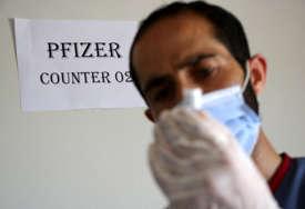 Zbog većeg rizika od virusa: Fajzer i Biontek podnijeli zahtjev za treću dozu vakcine