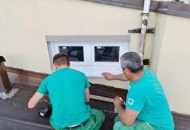 Radnici na krovu Banksog dvora: Počelo otklanjanje utvrđenih nepravilnosti (FOTO)