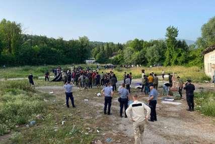 """Pronađenim migrantima pružena medicinska pomoć: U prihvatni centar """"Miral"""" izmještena 44 migranta"""