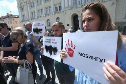 """""""Stanivuković me javno linčuje"""" Pojedini službenici i predstavnici SNSD protestovali, tvrde da u Gradskoj upravi trpe mobing (FOTO)"""