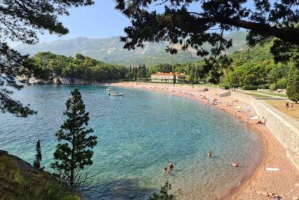 Sezona jeste dobra, ali nešto ne štima: Crnogorski ugostitelji od sutra na ulicama
