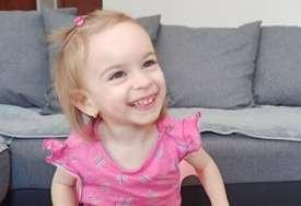Mala Nina (3) treba pomoć za svoj PRVI KORAK: Djevojčica boluje od cerebralne paralize, ne sjedi i ne hoda, izgovara tek poneku riječ