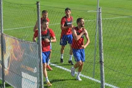 Maksimović: Ima sitnih povreda, raduje me dobra atmosfera