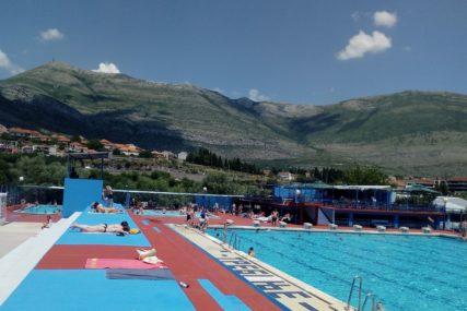 Počela sezona kupanja: Trebinjski olimpijski bazen od danas otvoren za kupače