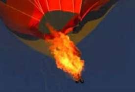 Bizarna nesreća: Poginula jedna osoba nakon pada sa korpe balona