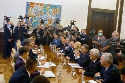 Opozicioni lideri o sastanku u Beogradu: Ostaviti po strani konflikte i raditi na zatvaranju OHR-a