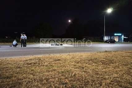 TRAGEDIJA U BANJALUCI U stravičnom sudaru motocikla i automobila nastradala jedna osoba (FOTO)