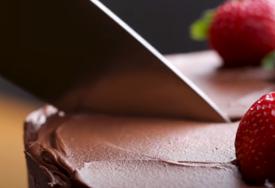 Ukus koji mami: Samo PET SASTOJAKA za najljepši čokoladni kolač